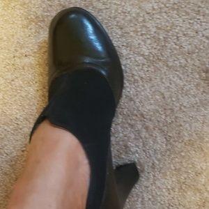 Aerosols black booties